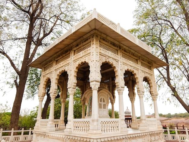 ジョードプルインドジョードプルのジャスワントタダ霊廟の美しい景色建築の詳細