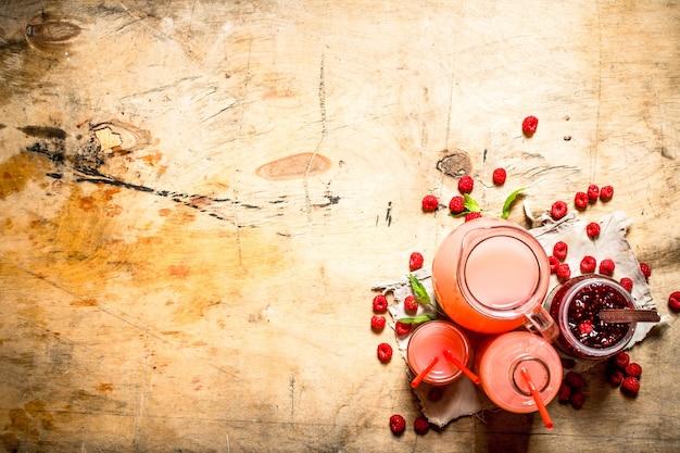The juice of fresh raspberries and jam.