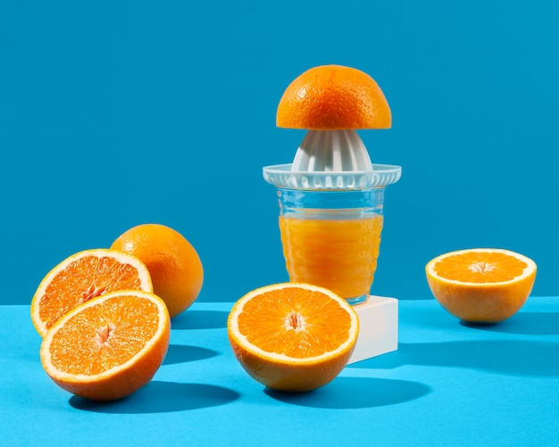 Juice maker and oranges arrangement