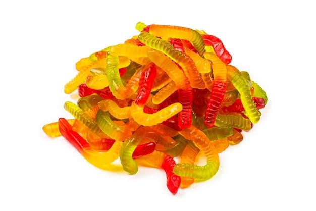 육즙이 다채로운 젤리 과자. 거미 사탕. 뱀.