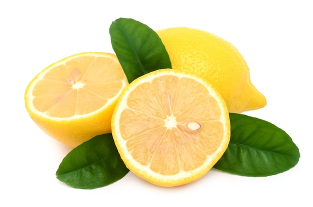 고립 된 흰색 표면에 달콤한 레몬