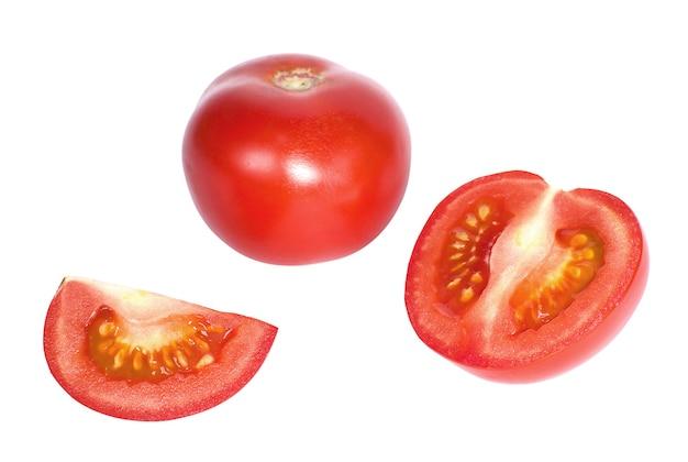 ジューシーなトマトと白い背景で隔離のトマトのスライス
