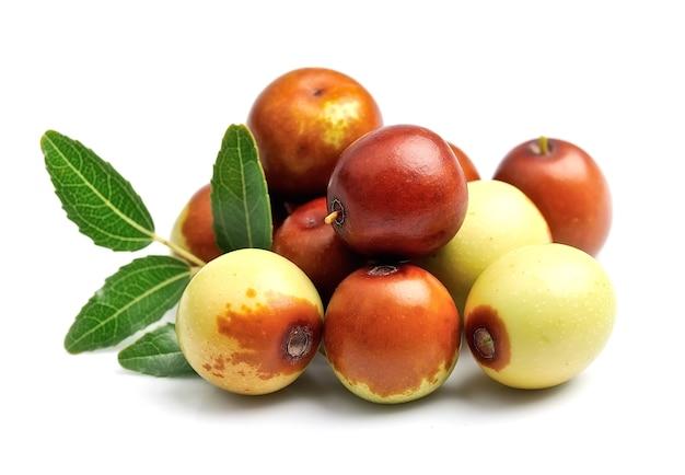 대추 과일은 흰색에 닫습니다. unabi.