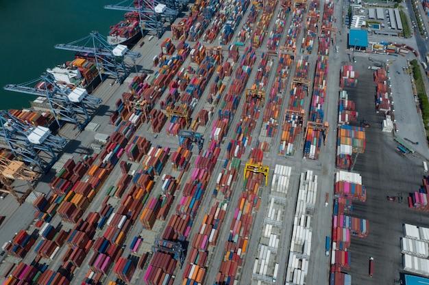 27 июня 2021 г. лаем чабанг, чонбури, таиланд аэрофотоснимок контейнерные терминалы, импортно-экспортные перевозки