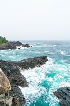 Jungmun daepo coast jusangjeolli cliff, jeju island