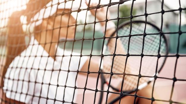그냥 계속 테니스 선수가 코트에 앉아