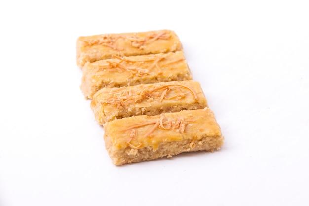 Kaasstengels или kastengel, голландское индонезийское сырное печенье