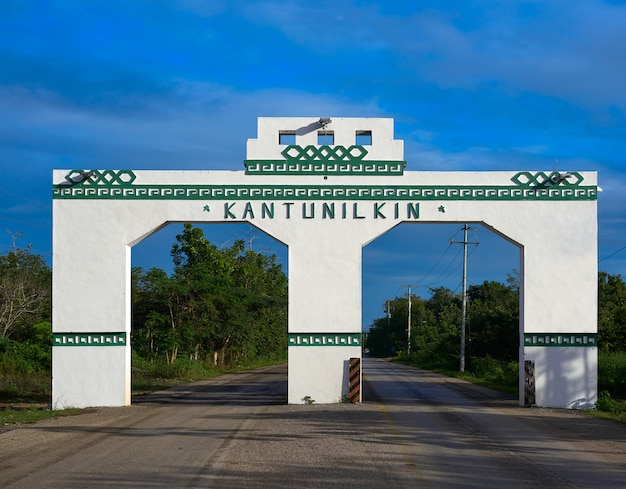 Kantunilkin entrance arch in mexico