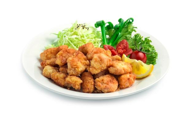 Жареная курица karaage японская еда