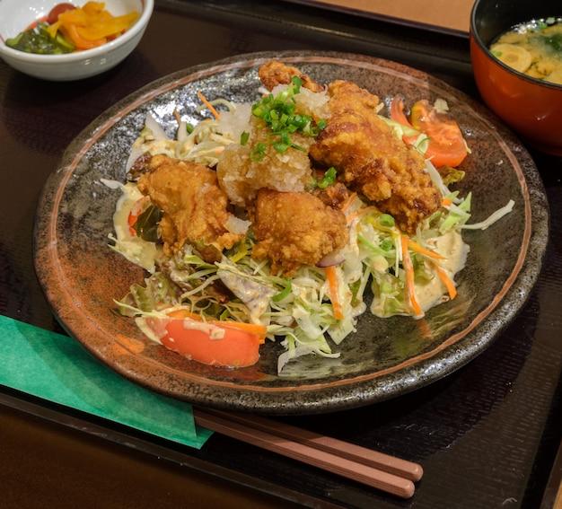 Karaage japanese fried chicken set meal