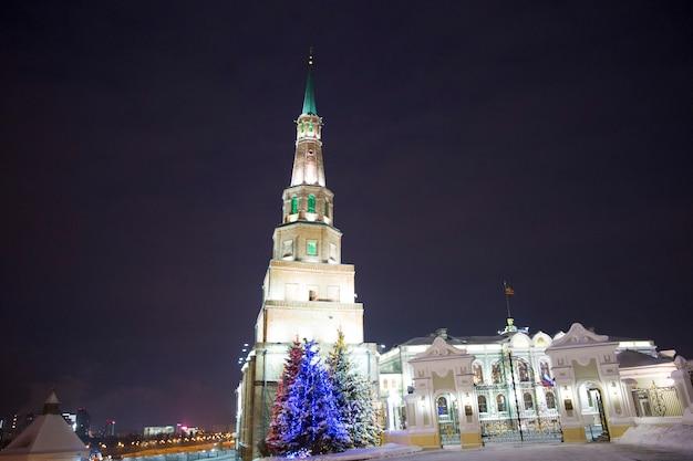 カザンロシア2018年12月29日クリスマスお正月イルミネーションシュユンバイクタワー