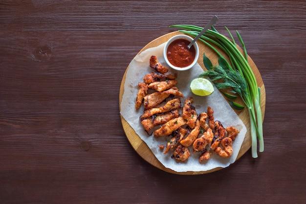 케 랄라 치킨 파코 다. 남쪽 인도 스타일로 준비한 맛있는 파코라. 인도 음식