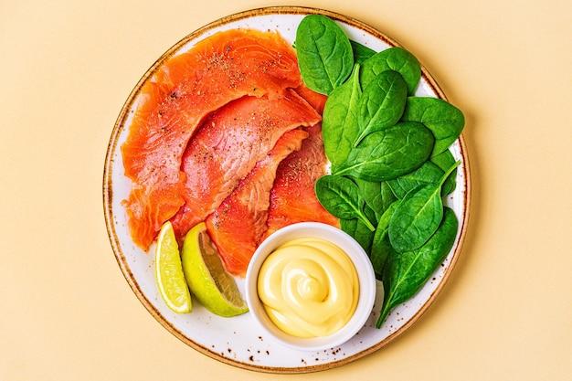 케톤 다이어트 식품, 건강한 식사 개념