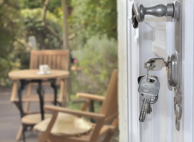 Key lock of a door