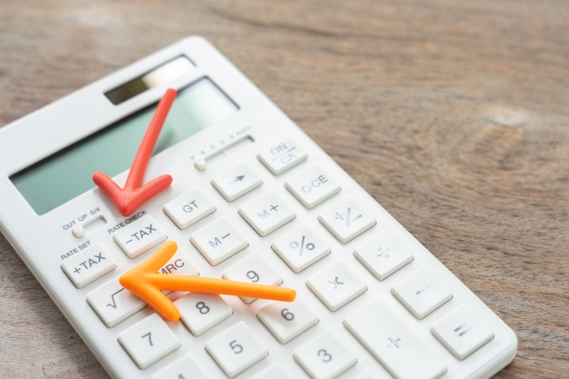 Keypad tax button for tax calculation.