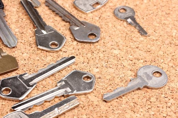 コルクの背景の鍵