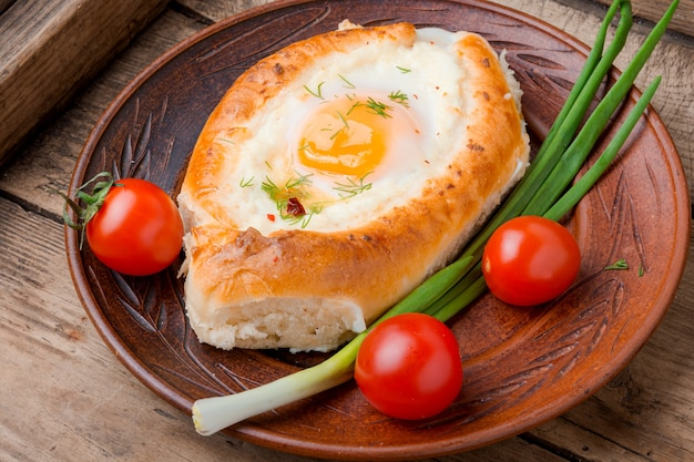 Хачапури - грузинское блюдо