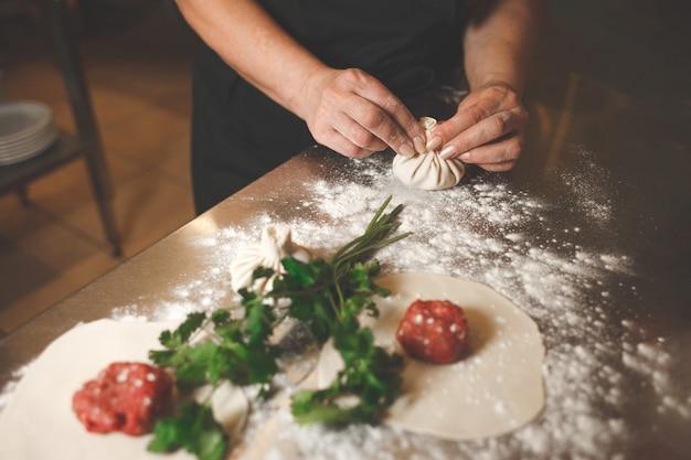 킨 칼리 요리 과정.