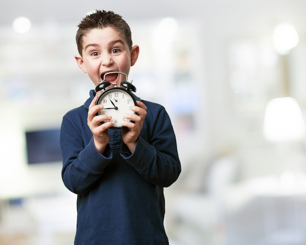 Kid screaming with a clock
