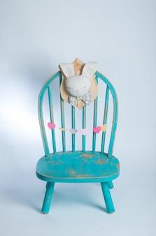 Детский синий стул
