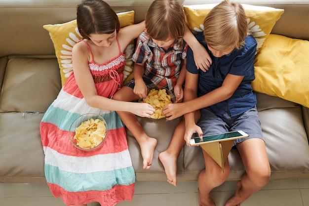 Kids watching cartoon
