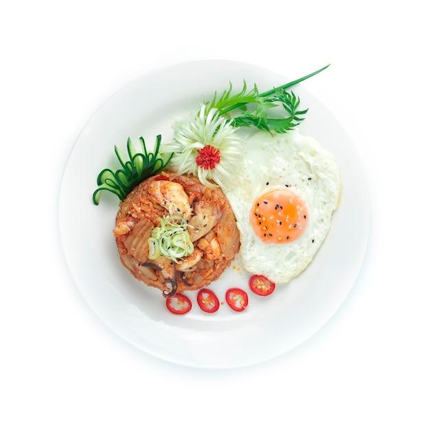 오징어 김치 볶음밥 (오징 오 보금) 부추 파를 얹은 계란 볶음 한식