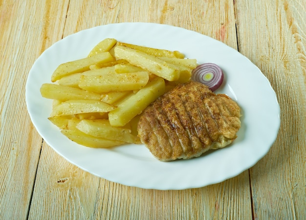 King rib 음식은 일반적으로 스코틀랜드와 잉글랜드 북부의 피시 앤 칩스 가게에서 제공됩니다.