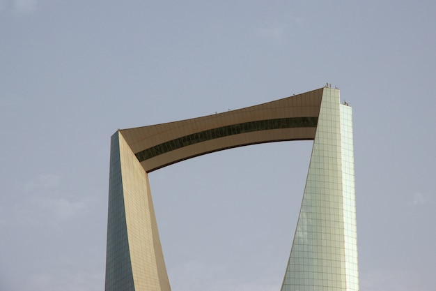 Kingdom centre, burj al-mamlaka in riyadh saudi arabia