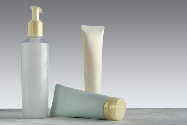 Набор кремов по уходу за лицом кремы по уходу за кожей