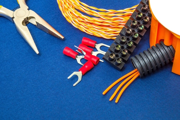 Kit spare parts and tools, wires for electrical