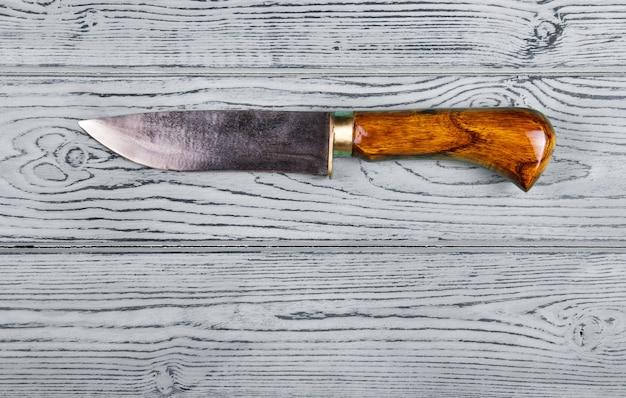 天然木で作られたハンドル付きキッチンハンドナイフ