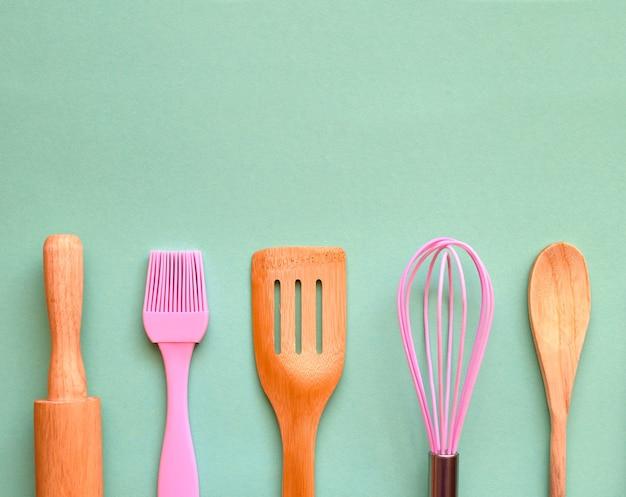 Кухонная утварь для пекарни