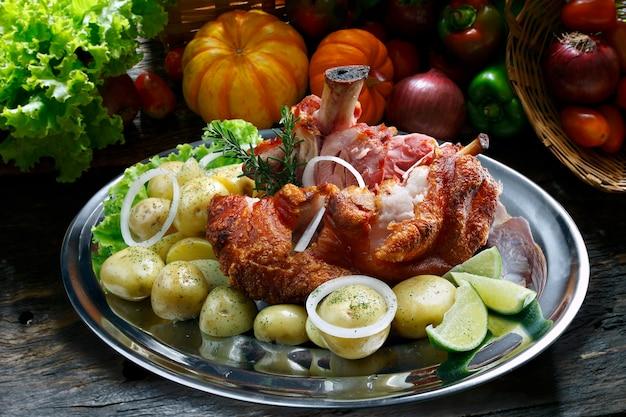 Knee roast pork