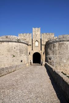 Рыцарская крепость на родосе, греция