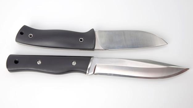 캠핑과 사냥을위한 칼. 절삭 도구.