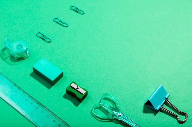 ハイビューknolling文房具オフィスアイテムとコピースペース