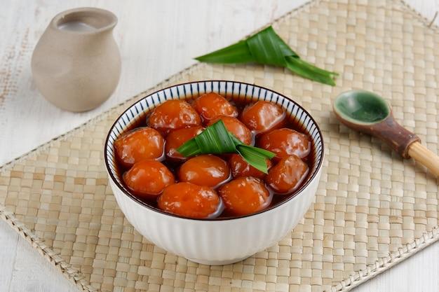 Колак биджи салак или бубур кандил - типичная индонезийская десертная каша