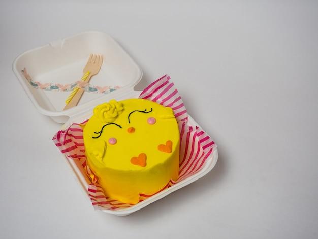 韓国のケーキ弁当、チキンケーキ。あなたのテキストのための場所