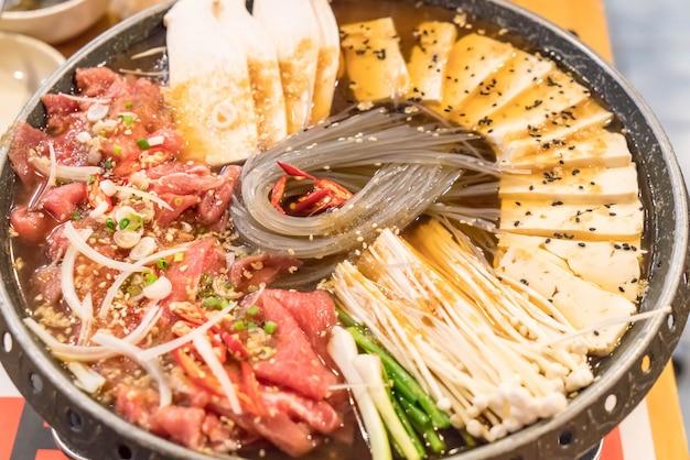 Korean food hot pot (budaejjigae)