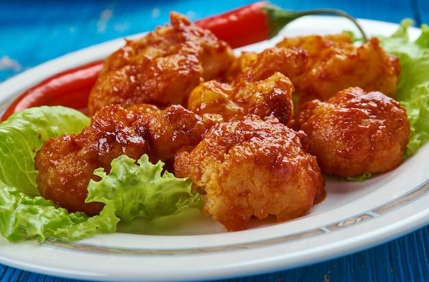 韓国のカリフラワー炒め、天ぷら炒め野菜。