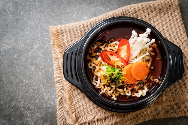 Korean instant noodles in black bowl