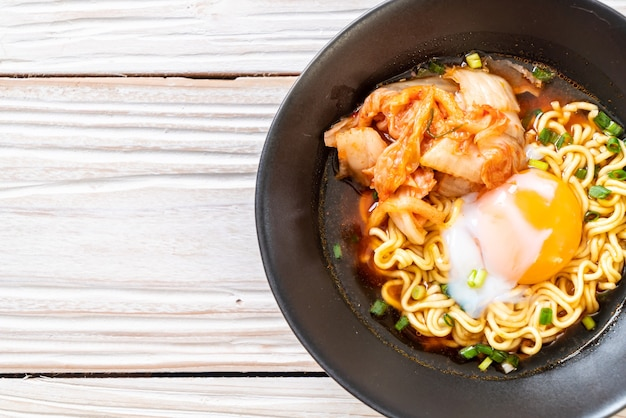 キムチと卵の韓国ラーメン