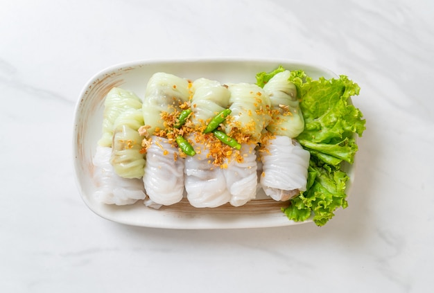 (kow griep pag mor)豚肉の蒸しご飯小包または蒸しご飯の皮団子