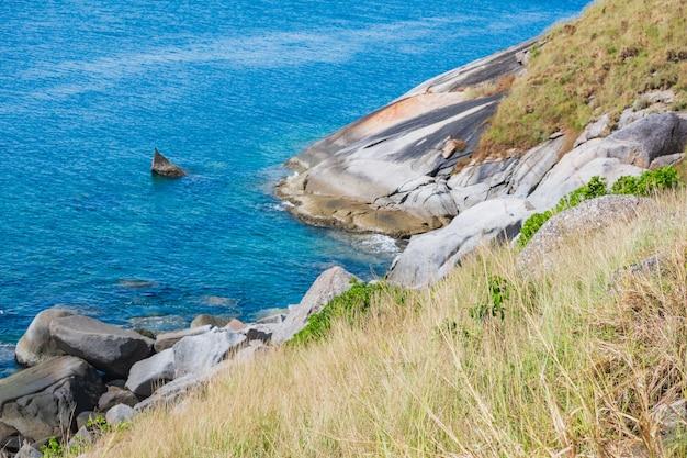하이 포인트, 푸켓, 태국에서 krating 해변과 언덕 풍경
