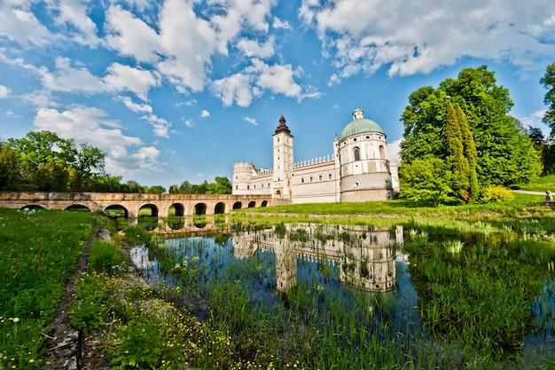 ポーランドのkrsaiczyn城