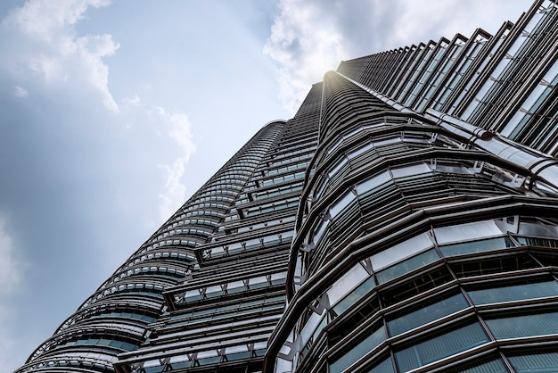 Куала-лумпур, малайзия - линия горизонта. башни-близнецы
