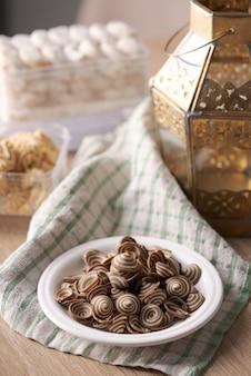 Kuping gajah、イードムバラクの伝統のためのイスラムのクッキービスケット