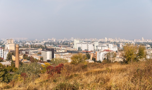 キエフ、ウクライナ-2019年9月28日:キエフ市、ウクライナのpodol地区の街並み
