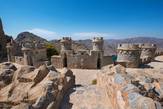 La azohia покинула военный форт в картахене, мурсия, испания.