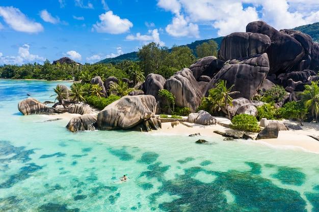 La digue, seychelles beach